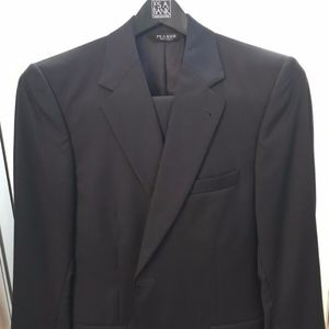 Jos A. Banks Mens Dark Blue Navy Signature Suit
